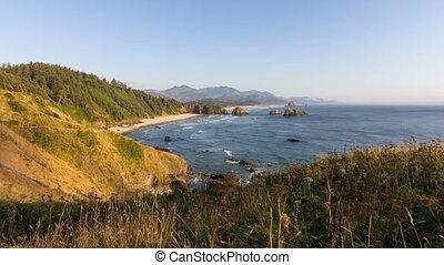 Crescent Beach on Oregon 1080p