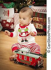 criança, árvore, manhã, raça misturada, bebê, desfrutando, natal