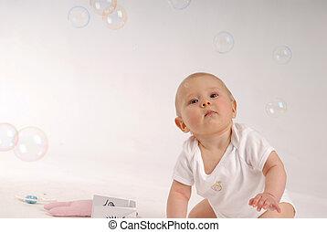 criança, com, a, bolhas sabão