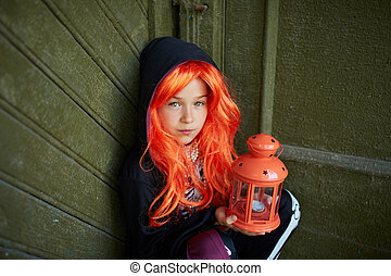 criança, com, dia das bruxas, lanterna