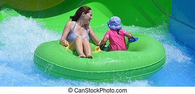 criança, divertimento, tendo, mãe, parque, água