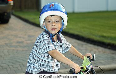 criança, ligado, bicicleta