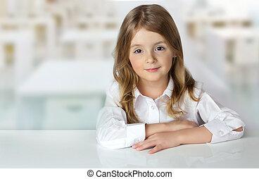 criança, menina, escrivaninha, em, sala aula, fundo, vazio, space.