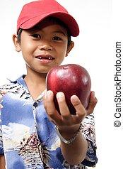 criança, oferecendo, maçã