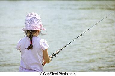 criança pequena, pesca
