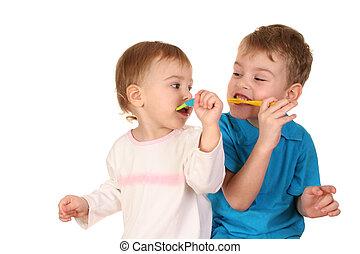 crianças, com, escovas dente