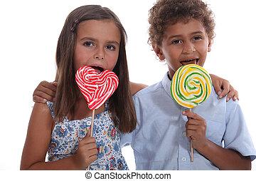 crianças, com, lollipops