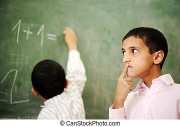 crianças, em, escola, sala aula