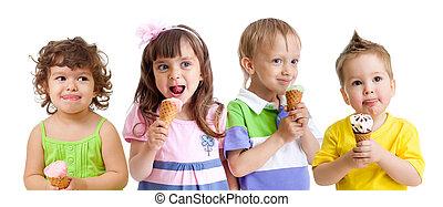 crianças, grupo, gelo, cone, creme, feliz