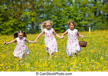 crianças, ligado, páscoa ovo caça, com, cestas