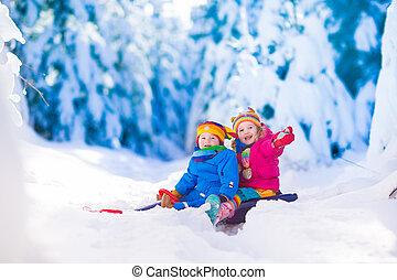 crianças, passeio, neve, divertimento, sleigh, tendo