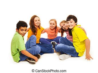 crianças, semi-círculo, feliz