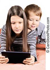 crianças, tabuleta, tocando
