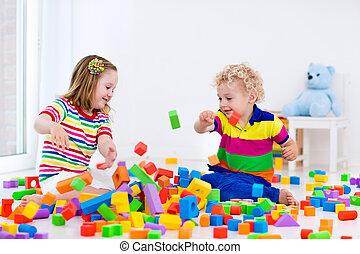 crianças, tocando, coloridos, blocks.