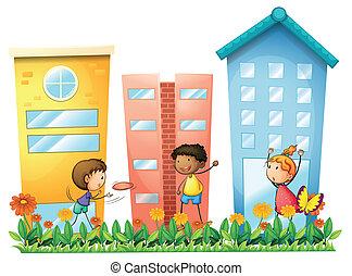 crianças, tocando, frente, a, alto, edifícios