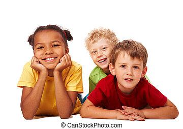 crianças, três