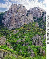 crimea, montagnes