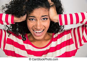 cris, femme américaine, afro, portrait