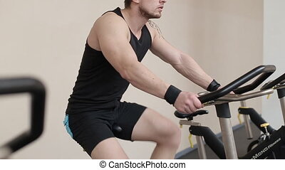 crise, fonctionnement, vélo gymnase, dehors, exercice, homme