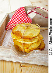<crisp bread