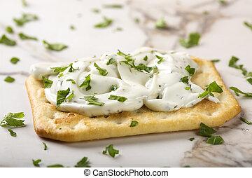Crispy crackers with cream cheese - Thin crispy crackers...