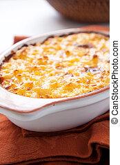 macaroni and cheese - crispy, creamy, and cheesy macaroni...