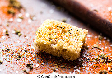 Crispy crouton with spices