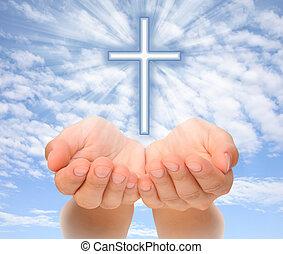 cristiano, luz, encima, manos, cielo, cruz, tenencia, vigas