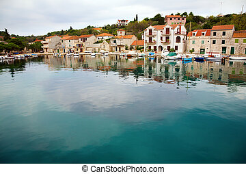 croata, aldea