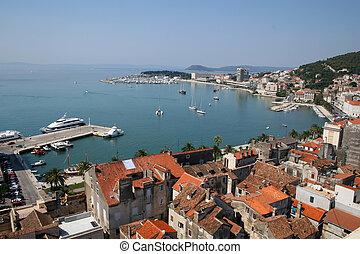 (croatia), dividir, puerto