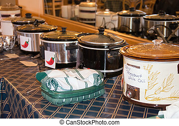 crock pots in chili cook-off contest