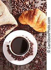 croissant, 咖啡茶杯