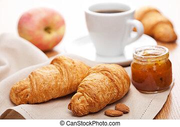 croissant, colazione, marmellata