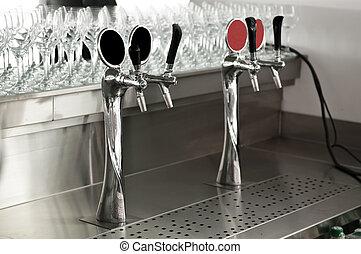 cromo, grifos, barra, cerveza, bar