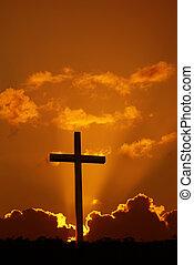 Cross over dramatic sunset - Christian cross over dramatic ...