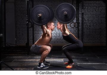 crossfit, heben, bar, per, frau mann, in, gruppe, workout,...