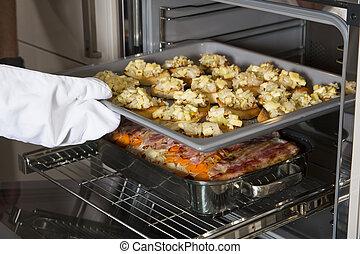 crostini, y, cazuela, en, el, horno