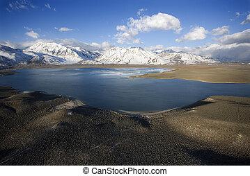 crowley, lac, california.