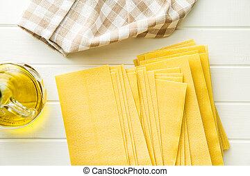 cru, lasanha, sheets.