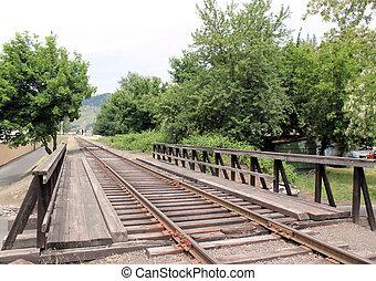 cruce ferrocarril, en, pueblo