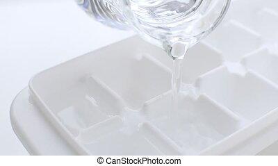 cruche, eau glace, cube, boisson, plateau, frais, verser