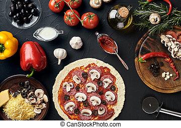 crudo, pizza, ingredienti, su, nero, struttura, tavola, fondo