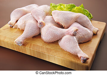 crudo, pollo fresco, piernas, arreglo