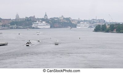 Cruise liner leaves Stockholm port, time lapse - Cruise...