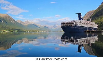 cruise on quiet waters