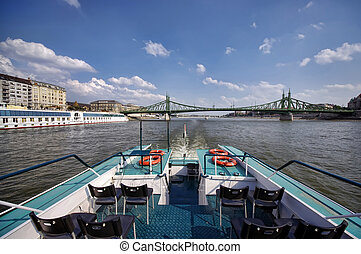 cruise on river