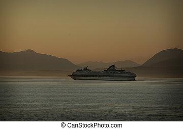 cruse ship