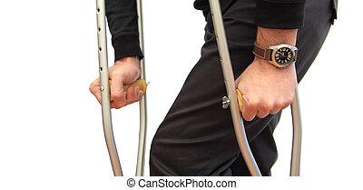 crutches, camminare