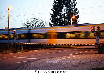 cruzamento, ferrovia, noturna