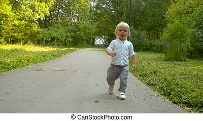 Crying toddler on the road
